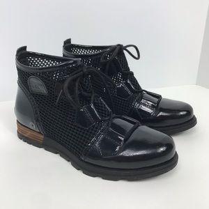 Sorel major lace booties black size 7 women